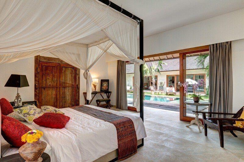Abaca Villas Spacious Bedroom with Pool View, Petitenget | 5 Bedroom Villas Bali
