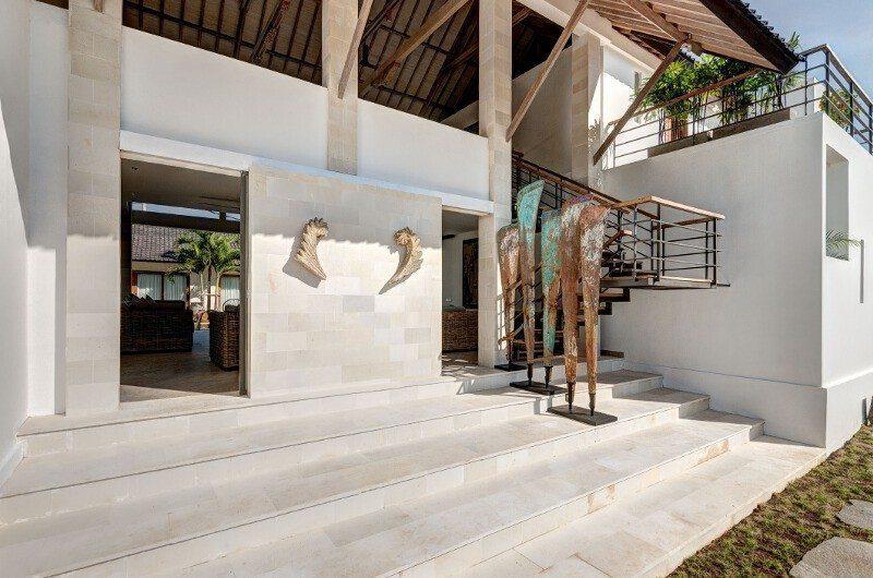 Abaca Villas Entrance, Petitenget | 5 Bedroom Villas Bali