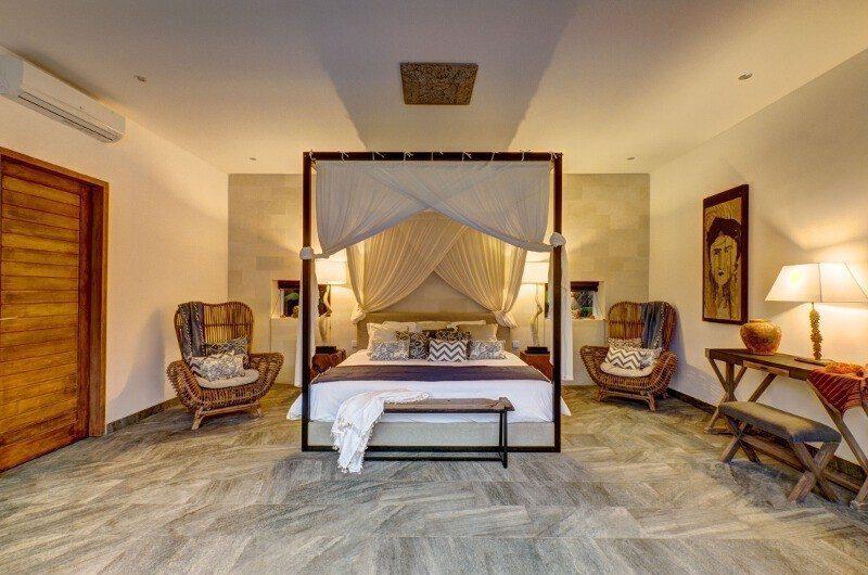 Abaca Villas Spacious Bedroom, Petitenget | 5 Bedroom Villas Bali