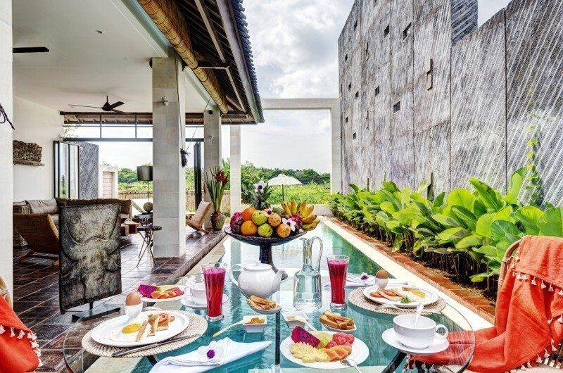 Abaca Villas Pool Side Dining, Petitenget | 5 Bedroom Villas Bali