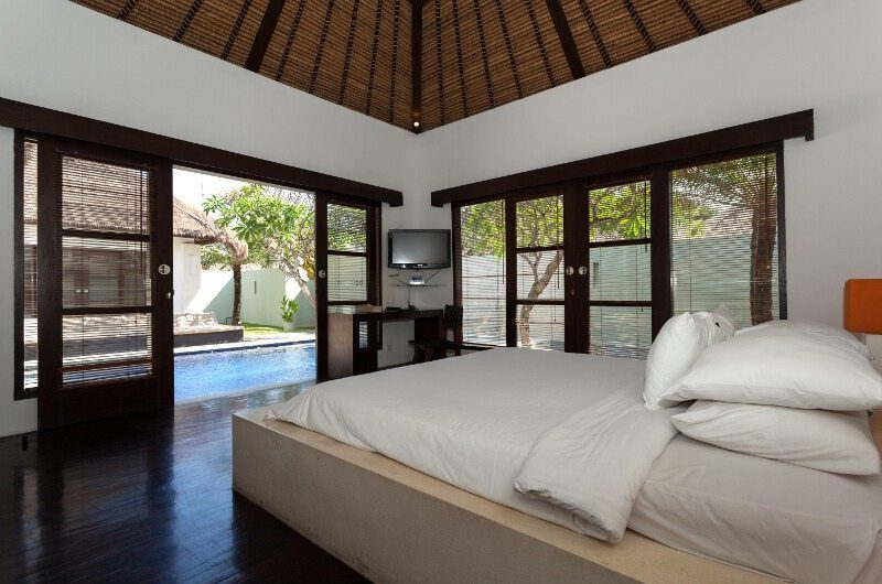 BVilla Spa Bedroom with Pool View, Seminyak | 5 Bedroom Villas Bali
