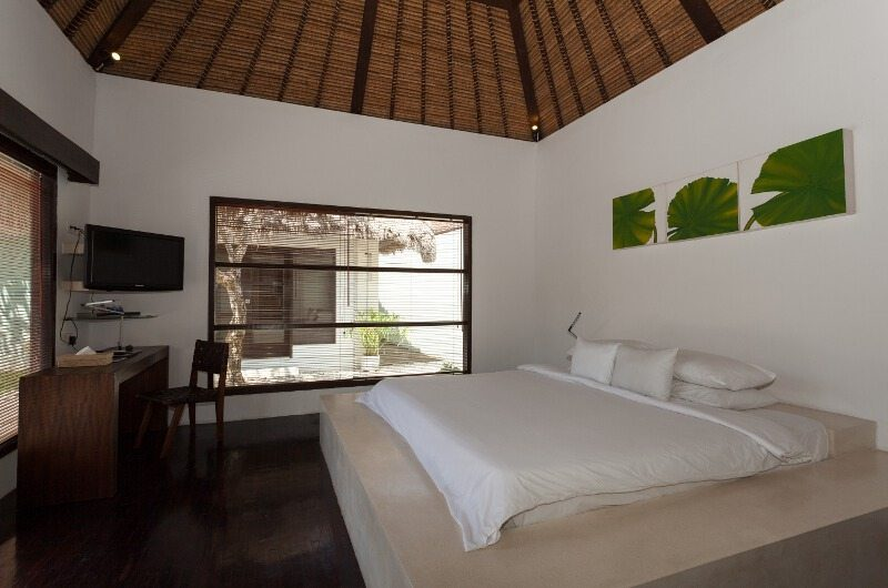 BVilla Spa Bedroom with TV, Seminyak | 5 Bedroom Villas Bali