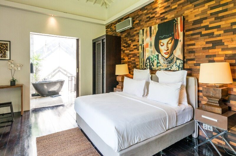 Casa Hannah King Size Bed with Wooden Floor, Seminyak | 5 Bedroom Villas Bali