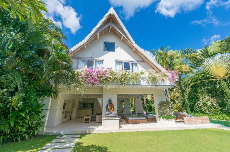 Casa Mateo Outdoor Area, Seminyak | 5 Bedroom Villas Bali