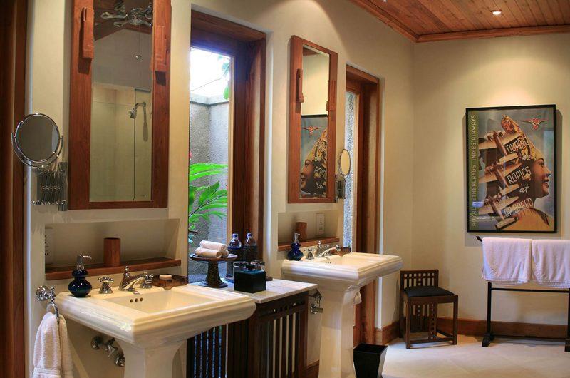 Des Indes Villas En-Suite His and Hers Bathroom, Seminyak | 5 Bedroom Villas Bali