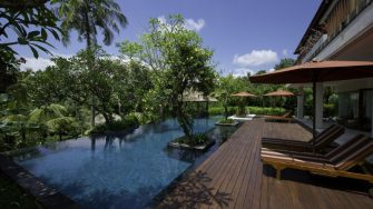 East Residence Reclining Sun Loungers, Canggu | 5 Bedroom Villas Bali