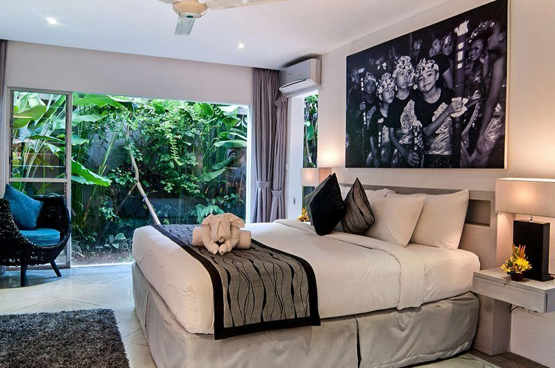 Eshara Seminyak Bedroom with Table Lamps, Seminyak | 5 Bedroom Villas Bali