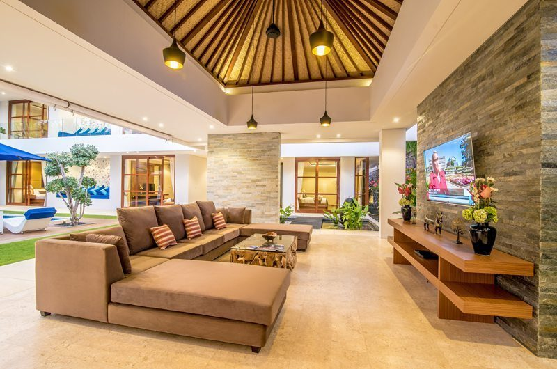 Freedom Villa Living Area, Petitenget | 5 Bedroom Villas Bali