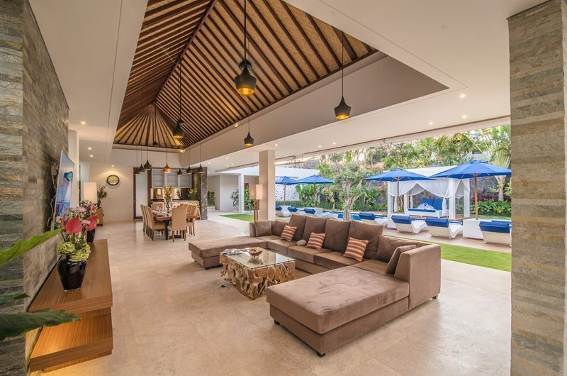 Freedom Villa Living and Dining Area with Pool View, Petitenget | 5 Bedroom Villas Bali