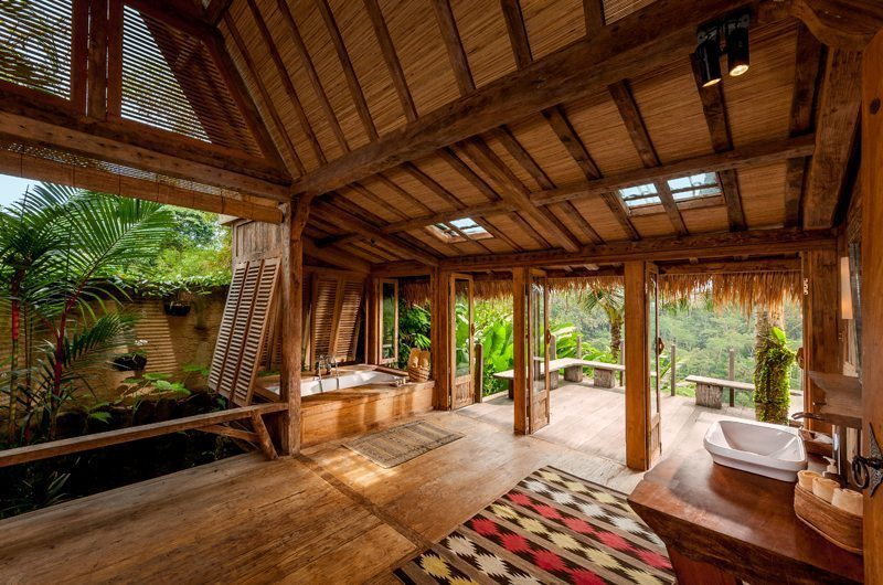 Hartland Estate Spacious Bathroom with View, Ubud | 5 Bedroom Villas Bali