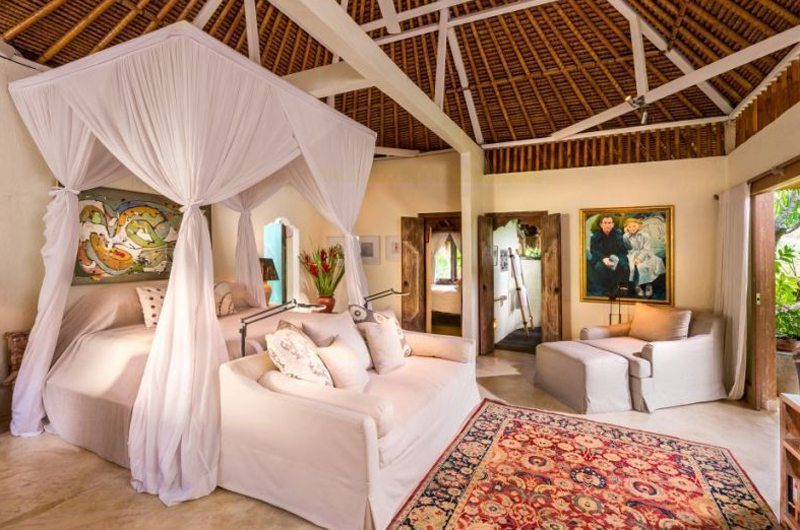 Hartland Estate Four Poster Bed with Sofa, Ubud | 5 Bedroom Villas Bali
