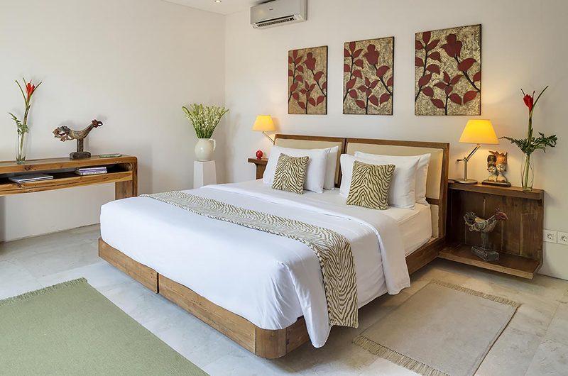 Lataliana Villas Bedroom with Table Lamps, Seminyak | 5 Bedroom Villas Bali