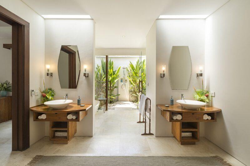 Lataliana Villas His and Hers Bathroom with Mirrors, Seminyak | 5 Bedroom Villas Bali