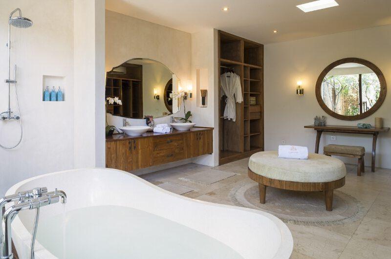 Lataliana Villas His and Hers Bathroom with Bathtub, Seminyak | 5 Bedroom Villas Bali