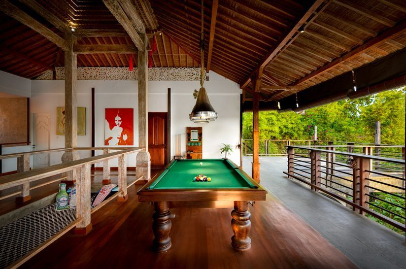 Niconico Mansion Billiard Table, Petitenget | 5 Bedroom Villas Bali