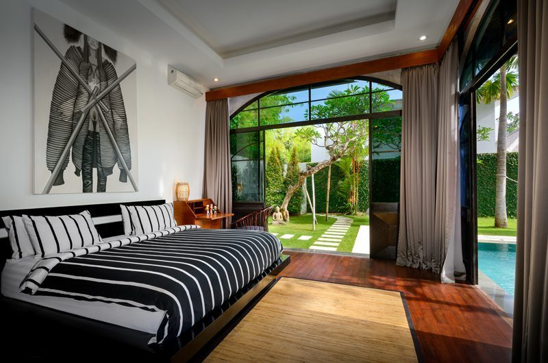 Niconico Mansion Bedroom with Pool View, Petitenget | 5 Bedroom Villas Bali