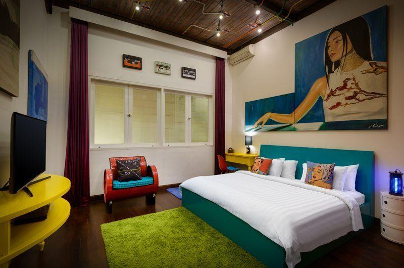 Niconico Mansion Bedroom with TV, Petitenget | 5 Bedroom Villas Bali