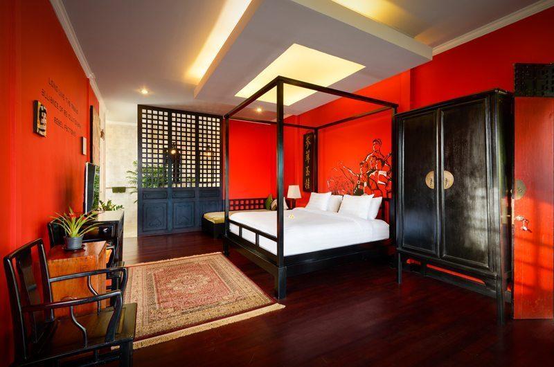 Niconico Mansion Bedroom with Wooden Foor, Petitenget | 5 Bedroom Villas Bali