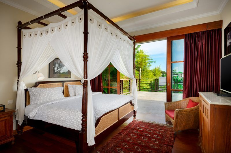 Niconico Mansion Bedroom and Balcony, Petitenget | 5 Bedroom Villas Bali