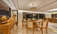 Pandawa Cliff Estate Dining Table with Crockery, Ungasan | 5 Bedroom Villas Bali