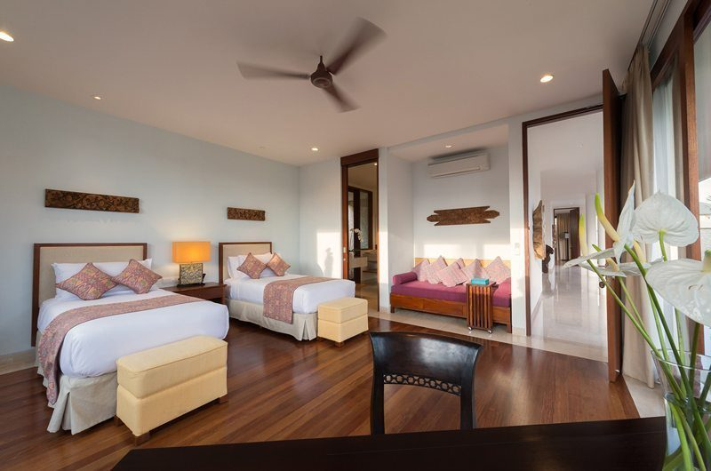 Pandawa Cliff Estate Twin Bedroom with Seating Area, Ungasan | 5 Bedroom Villas Bali