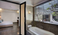 Peppers Seminyak Bedroom and Bathroom, Seminyak | 5 Bedroom Villas Bali