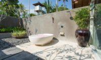Seseh Beach Villas Open Plan Bathtub, Seseh | 5 Bedroom Villas Bali