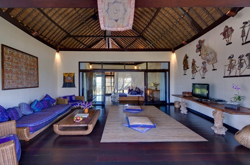 Taman Ahimsa Bedroom with TV Room, Seseh | 5 Bedroom Villas Bali