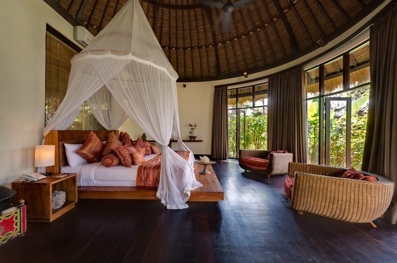 Taman Ahimsa Spacious Bedroom with Wooden Floor, Seseh | 5 Bedroom Villas Bali