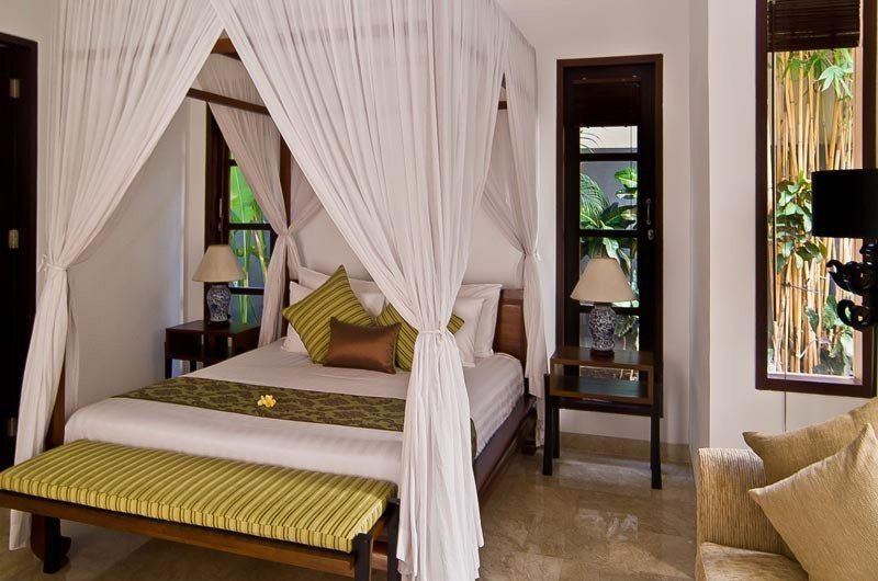 The Residence Bedroom with Seating Area, Seminyak | 5 Bedroom Villas Bali