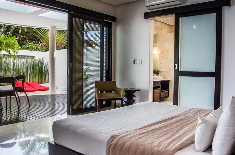 The Residence Bedroom and Balcony, Seminyak | 5 Bedroom Villas Bali