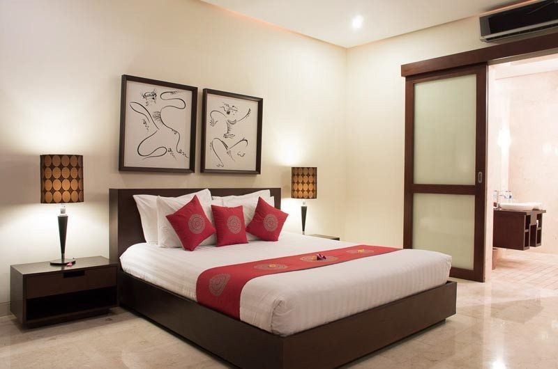The Residence Bedroom and Bathroom, Seminyak | 5 Bedroom Villas Bali