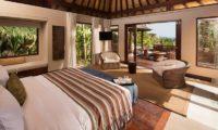 The Ungasan Clifftop Resort Villa Chintamani Spacious Bedroom, Uluwatu | 5 Bedroom Villas Bali