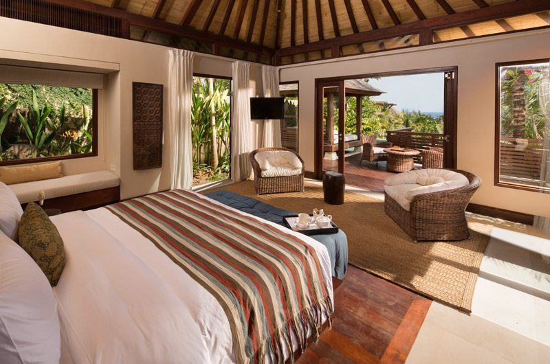 The Ungasan Clifftop Resort Villa Chintamani Spacious Bedroom, Uluwatu | 5 Bedroom Villas Bali