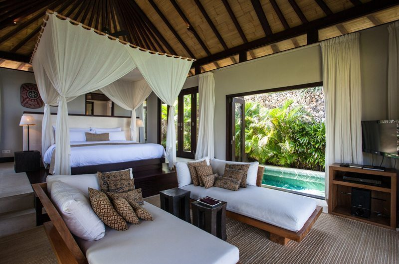 The Ungasan Clifftop Resort Villa Pawana Bedroom with Seating Area, Uluwatu | 5 Bedroom Villas Bali