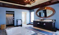 The Ungasan Clifftop Resort Villa Santai Sorga En-Suite Bathroom, Uluwatu | 5 Bedroom Villas Bali