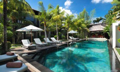 Villa Abakoi Sun Loungers, Seminyak | 5 Bedroom Villas Bali