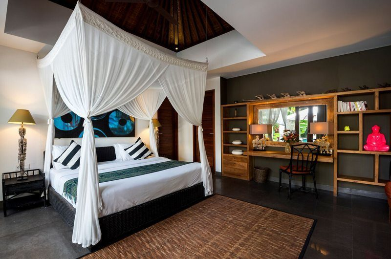 Villa Abakoi Bedroom with Dressing Area, Seminyak | 5 Bedroom Villas Bali