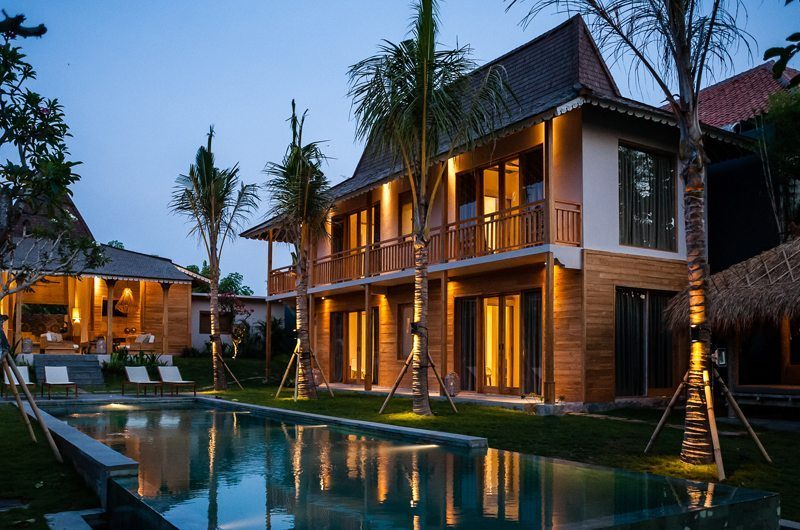 Villa Alea Exterior at Night, Kerobokan | 5 Bedroom Villas Bali