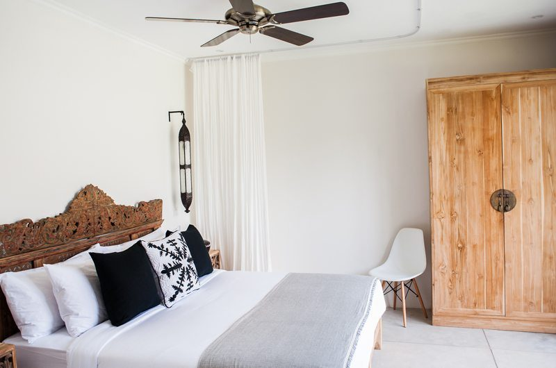 Villa Alea Bedroom with King Size Bed, Kerobokan | 5 Bedroom Villas Bali