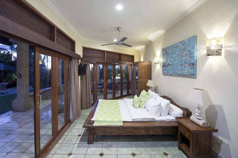 Villa Anyar King Size Bed, Umalas | 5 Bedroom Villas Bali