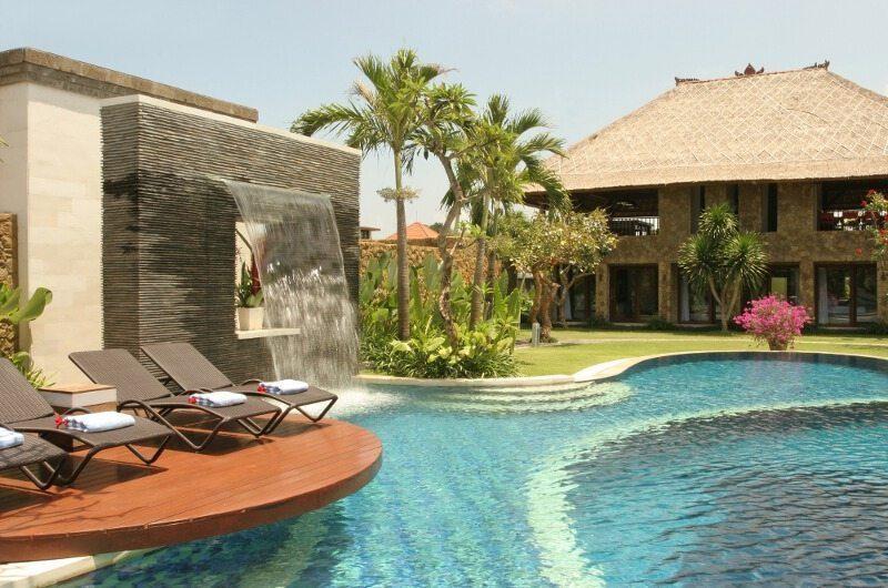Villa Asta Pool Side, Batubelig | 5 Bedroom Villas Bali