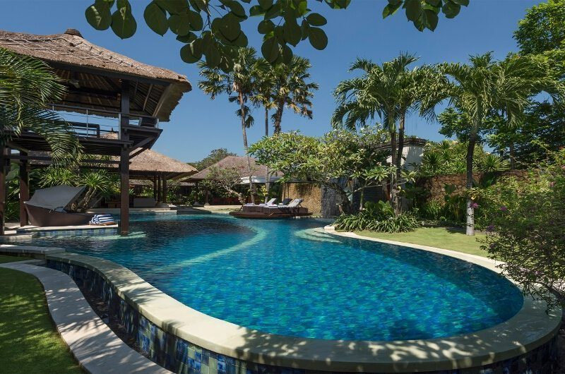 Villa Asta Swimming Pool, Batubelig | 5 Bedroom Villas Bali
