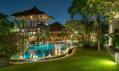Villa Asta Gardens and Pool, Batubelig | 5 Bedroom Villas Bali