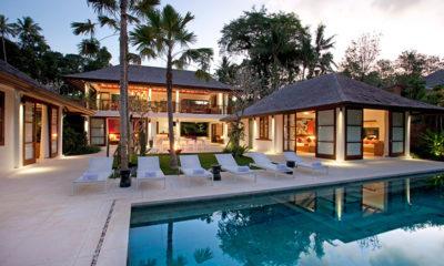 Villa Atacaya Sun Loungers, Seseh | 5 Bedroom Villas Bali