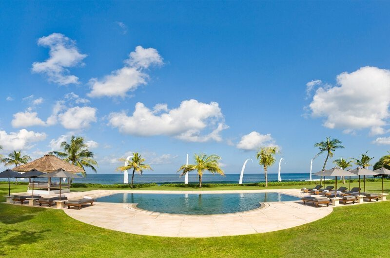Villa Atas Ombak Pool with Sea View, Batubelig | 5 Bedroom Villas Bali