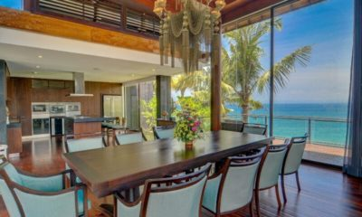 Villa Aum Kitchen and Dining Area, Uluwatu | 5 Bedroom Villas Bali