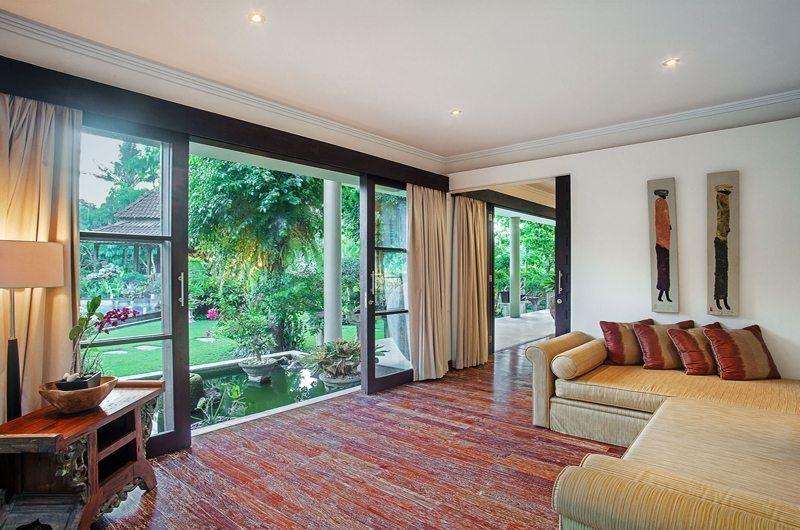 Villa Avalon Bali Lounge Area with Garden View, Canggu   5 Bedroom Villas Bali