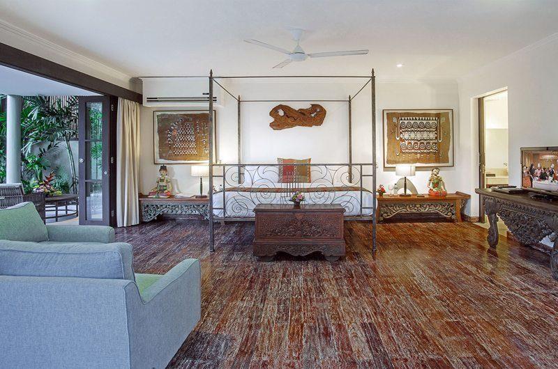 Villa Avalon Bali Four Poster Bed with Wooden Floor, Canggu   5 Bedroom Villas Bali