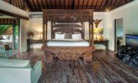 Villa Avalon Bali Four Poster Bed, Canggu   5 Bedroom Villas Bali